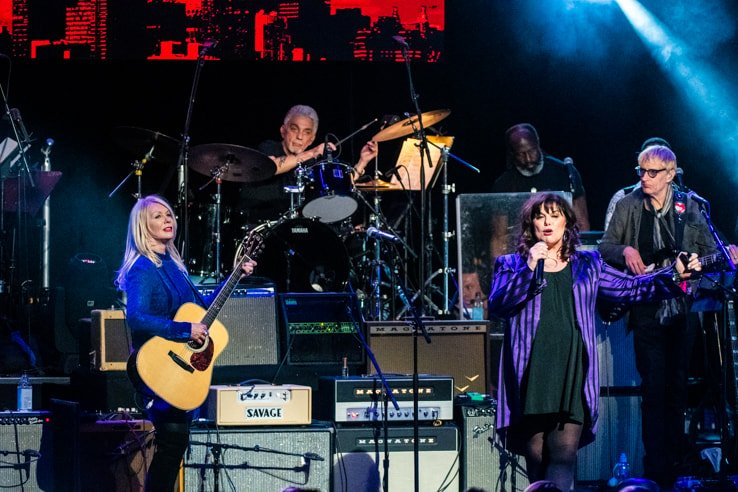 Nancy and Ann Wilson of Heart at Love Rocks (March 7, 2019) (photo credit Maria Ives)